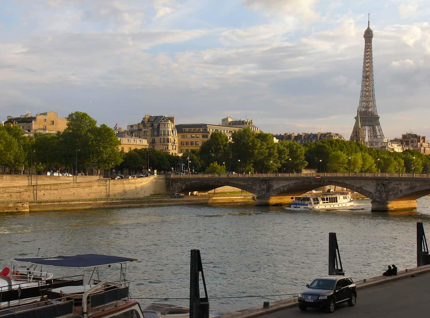 Nonstop Flights Dallas To Paris France 774 R T American
