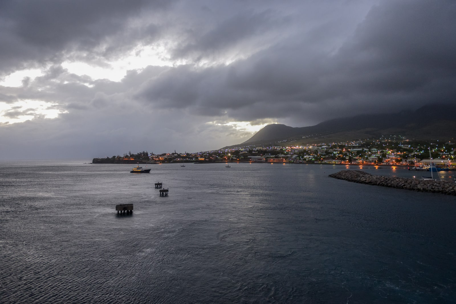 Nonstop Flights Dallas To Saint Kitts 382 R T American